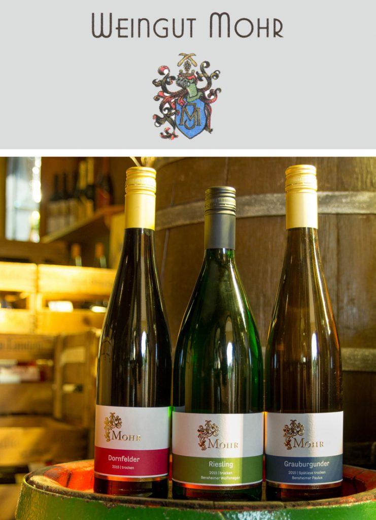 bergstrasse_roter riesling_Weingut Mohr Weinflasche Holzfass mit Logo